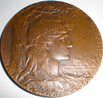 Bronze medal from 1900 Universal Expo in Paris France